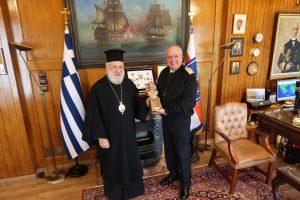 Με τον Αρχηγό ΓΕΝ συναντήθηκε ο Σύρου Δωρόθεος