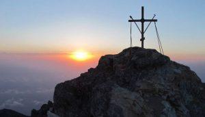 Σκήτη στο Αγιο Ορος θέλει να αγοράσει χορηγός της αυτοκέφαλης Εκκλησίας της Ουκρανίας