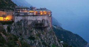 ΑΘΩΝΑΣ: Ο Μοναχισμός και η προσφορά – Ο Αγιορείτης αγιογράφος Λουκάς Ξενοφωντινός